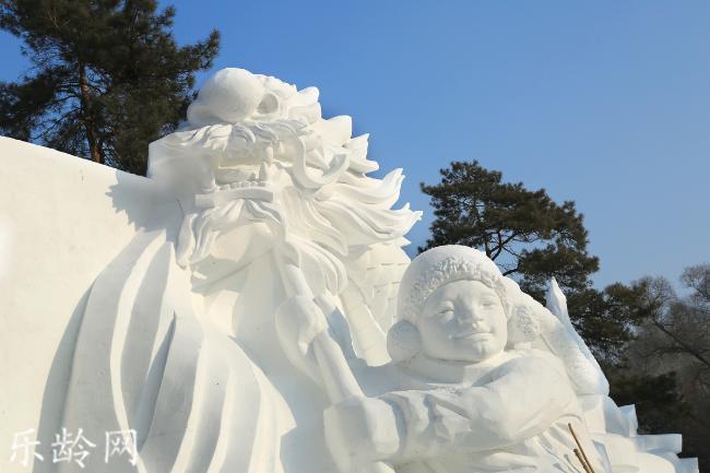 哈尔滨雪雕 (1).jpg