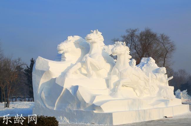 哈尔滨雪雕 (7).jpg
