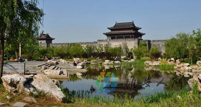 5古城墙遗址公园.JPEG